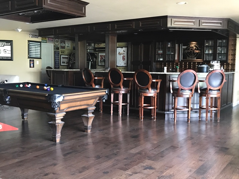 Large Bar with pool table