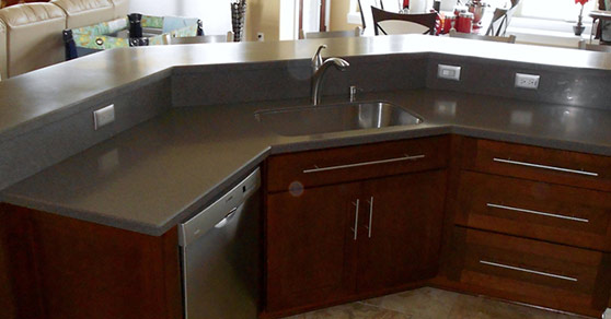 Curved dark counter top