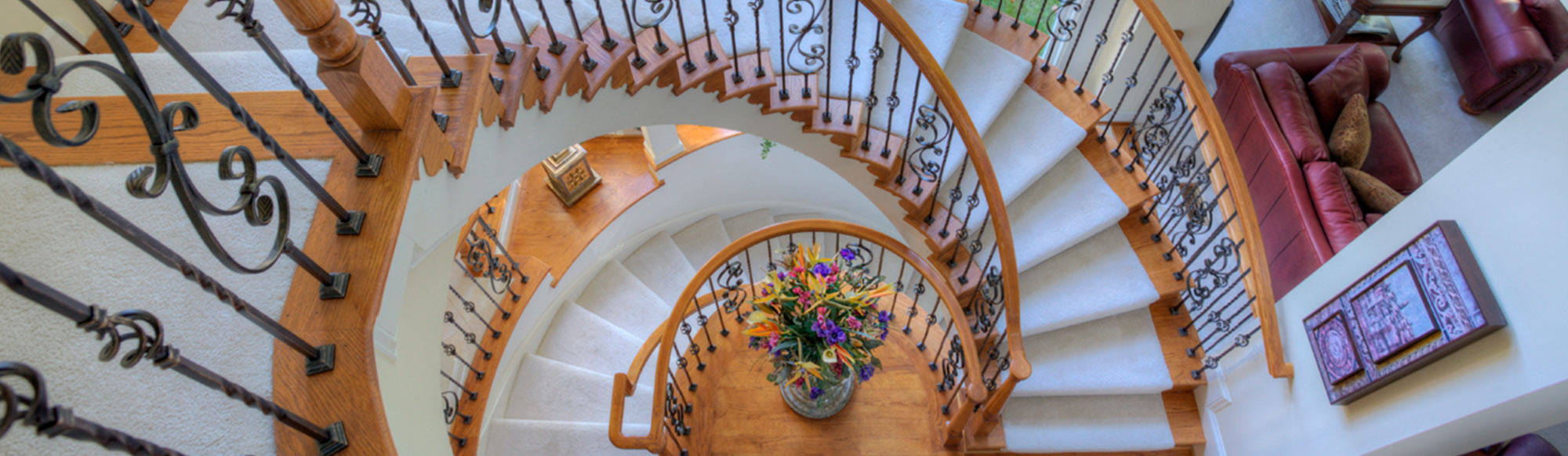 Two level curved staircase